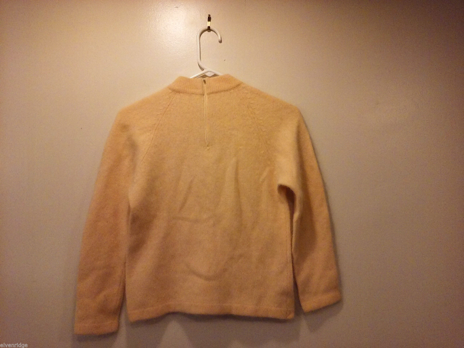 Full Fashioned Women's Size 36 (US XS) Peach Sweater Pullover Angora Wool Blend