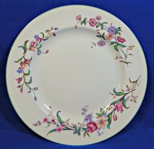 Devon Sprays Green by Wedgwood DINNER PLATE flowers long stems G75cz - $49.99
