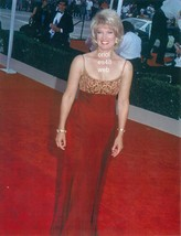 MARY HART CANDID 8X10 PHOTO 8A-508 - $14.84