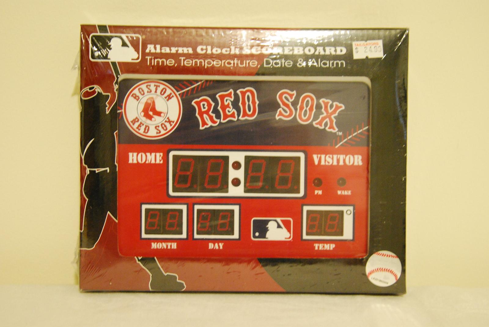 Boston Red Sox Scoreboard Alarm Wall Desk Clock Nip With