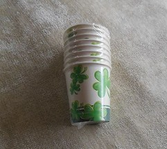 St Patrick's Day Shamrocks Galore Paper Cups 8 Ct. 7oz - €5,47 EUR