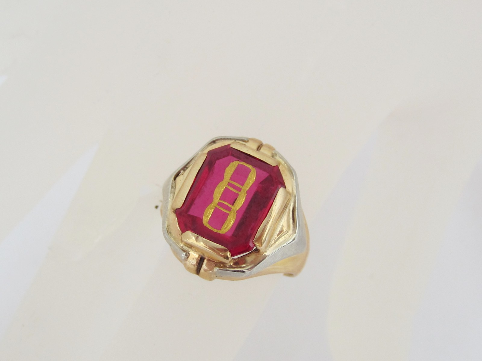 antique 10k solid gold genuine ruby class ring size rings. Black Bedroom Furniture Sets. Home Design Ideas