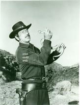 RICHARD BOONE HOLDING SNAKE HAVE GUN WILL TRAVEL B/W PHOTO 8A-294 - $14.84