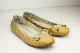 Max Studio 6.5 Tan Flats Women's Shoe - $28.00