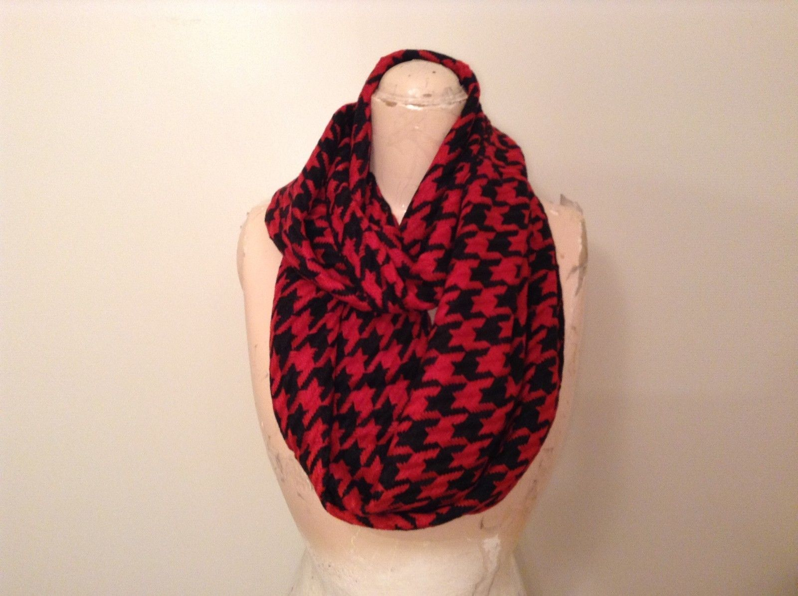Houndstooth Pattern 66 inch long Infinity scarf in choice of fashion colors