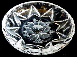 VTG Mid-Century Pretty Cut & Etched Crystal round bowl Flower & berry De... - $27.72