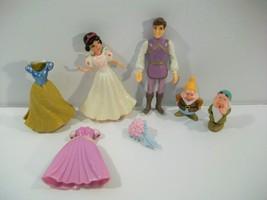 Disney Little Kingdom Snow White Prince Fairytale Wedding Dolls Happy Sleepy - $18.57