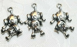 WIGGLY DOG FINE PEWTER PENDANT CHARM UNITED STATES - HEAD MOVES image 1