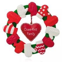 A CLOSE KNIT FAMILY 2015 Hallmark Ornament - Heart - Love - Mom - Dad - ... - $13.84