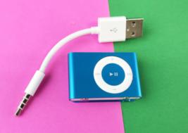 Apple iPod Shuffle 2nd Generation 1GB - Blue - Model: A1204 #U7951 - $21.16