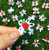 25 Red Roses with Bows,Ribbon Roses,Craft Flowers,Sewing Appliqué - $7.90