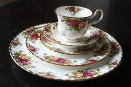 ANTIQUE OLD COUNTRY ROSES 1962 ROYAL ALBERT BONE CHINA ENGLAND 5 PIECE P... - $44.55