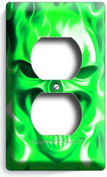 GREEN FLAMES BURNING ANGRY SKULL OUTLET WALL PLATE BIKER MAN CAVE ROOM ART DECOR