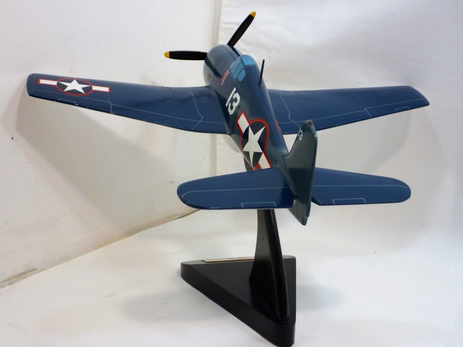 Toys and Models Corp 1942 Dauntless Douglas SBD 4 Scale 1/32 Model Plane