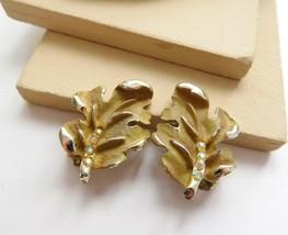 Vintage Signed BSK Pea Green AB Rhinestone Oak Leaf Clip On Earrings D10 - $12.61