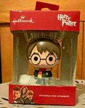 Hallmark 2019 Harry Potter Gryffindor Scarf Boxed Christmas Ornament - $14.99