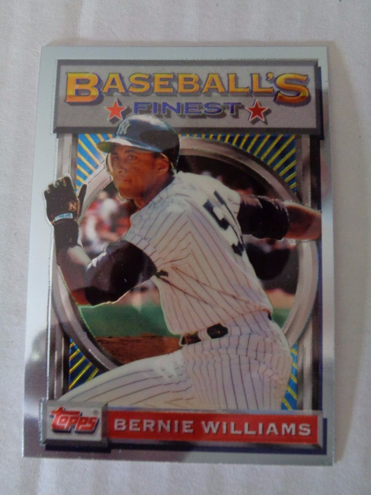 Bernie Williams 1993 Topps Finest Baseball Card #30 NY Yankees NM/M Condition