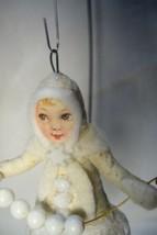 Vintage Inspired Spun Cotton, Snow Girl , no. 91 image 2