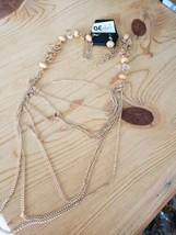 1037 Gold W/ Light Orange Beads Necklace Set (New) - $8.58