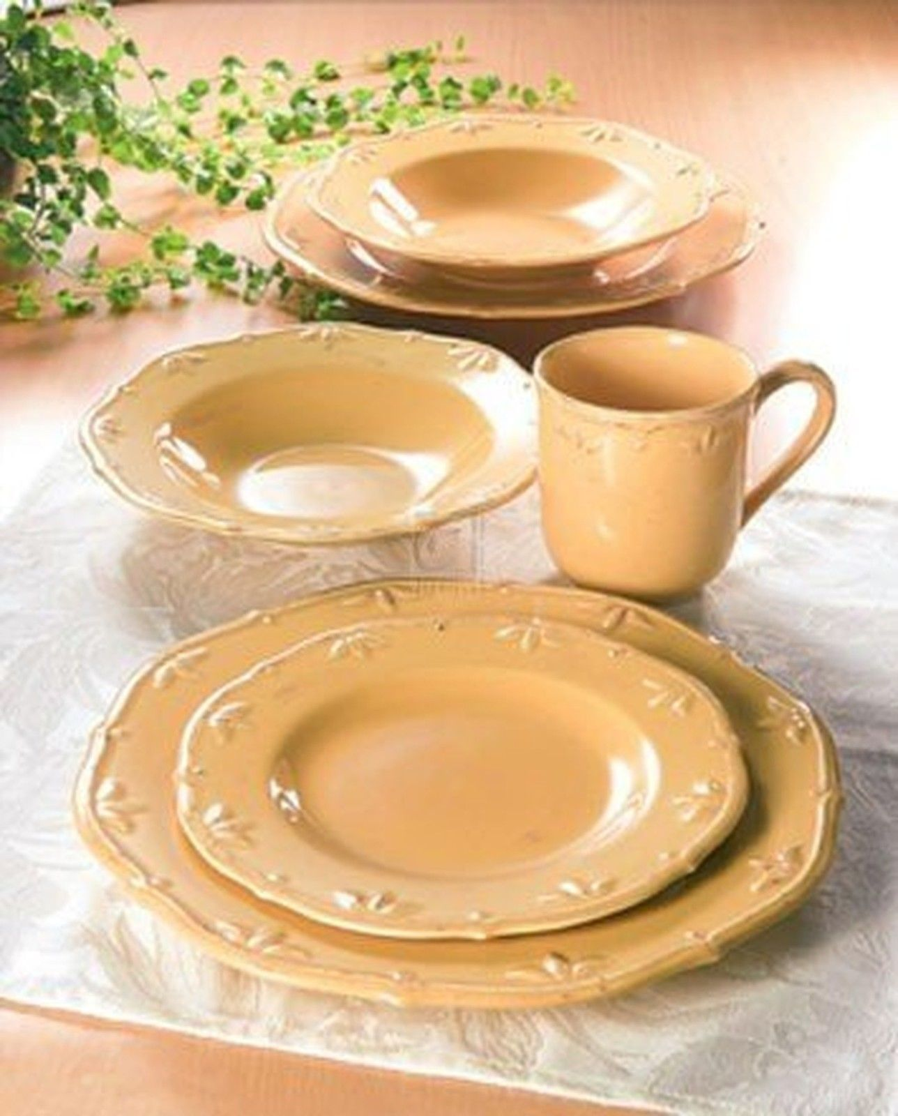 Caramel 16 Piece Dish Set Service For 4 by Thomson Pottery