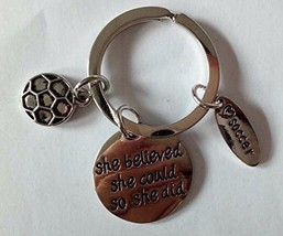 Soccer Keychain, Soccer Zipper Pull - Soccer Gifts for Team or Coaches - €9,18 EUR