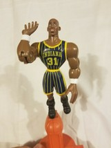 Reggie Miller Indiana Pacers Shooting Action Figure Vintage 1999 90s NBA - $14.10