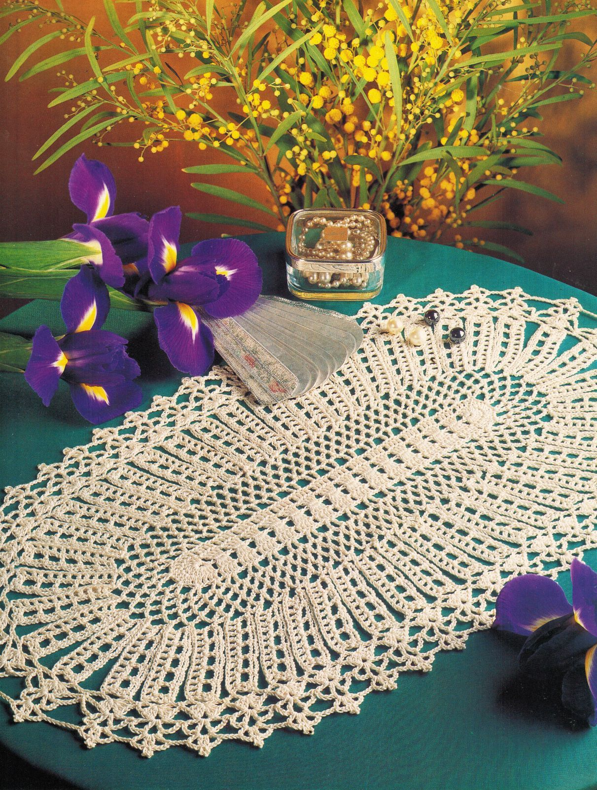 Primary image for 7X Ovalissimo Iris Oval Table Topper Mat Scrolls Palms Fan Doily Crochet Pattern