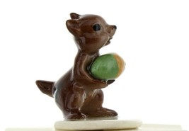 Hagen Renaker Miniature Chipmunk Squirrel Papa with Acorn Miniature Figurine