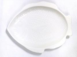 """Vtg Whittier Pottery White Ceramic Fish Serving Platter 1979 11-1/2"""" x 9... - $9.79"""