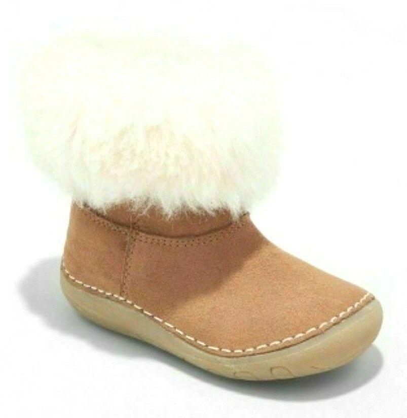 OshKosh Genuine Kids Trella Size 2 Infant Girls Brown Faux Fur Trim Cozy Boots