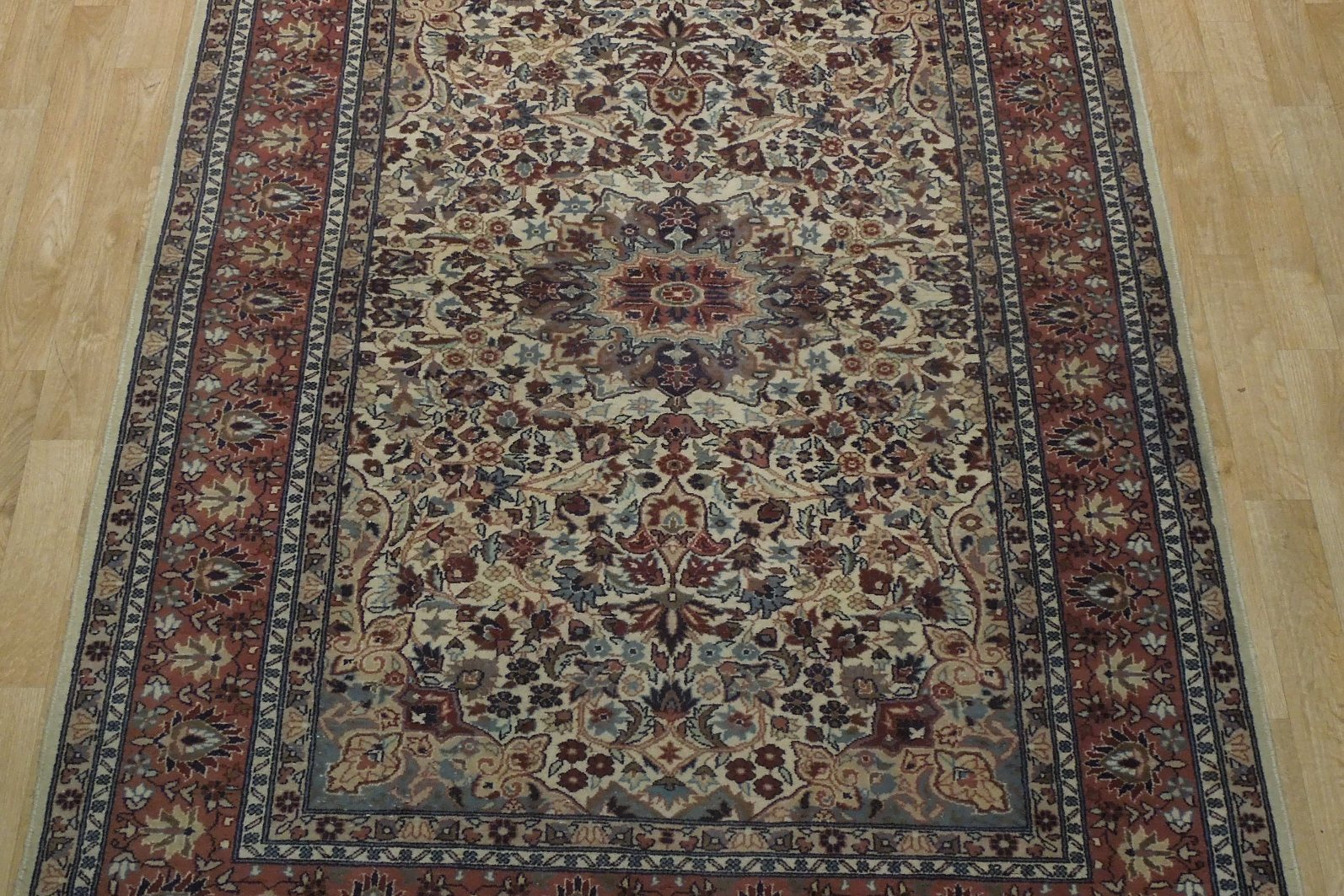 Ivory Wool Carpet 5 x 7 Fine Quality Reproduction Traditional Handmade Rug image 12
