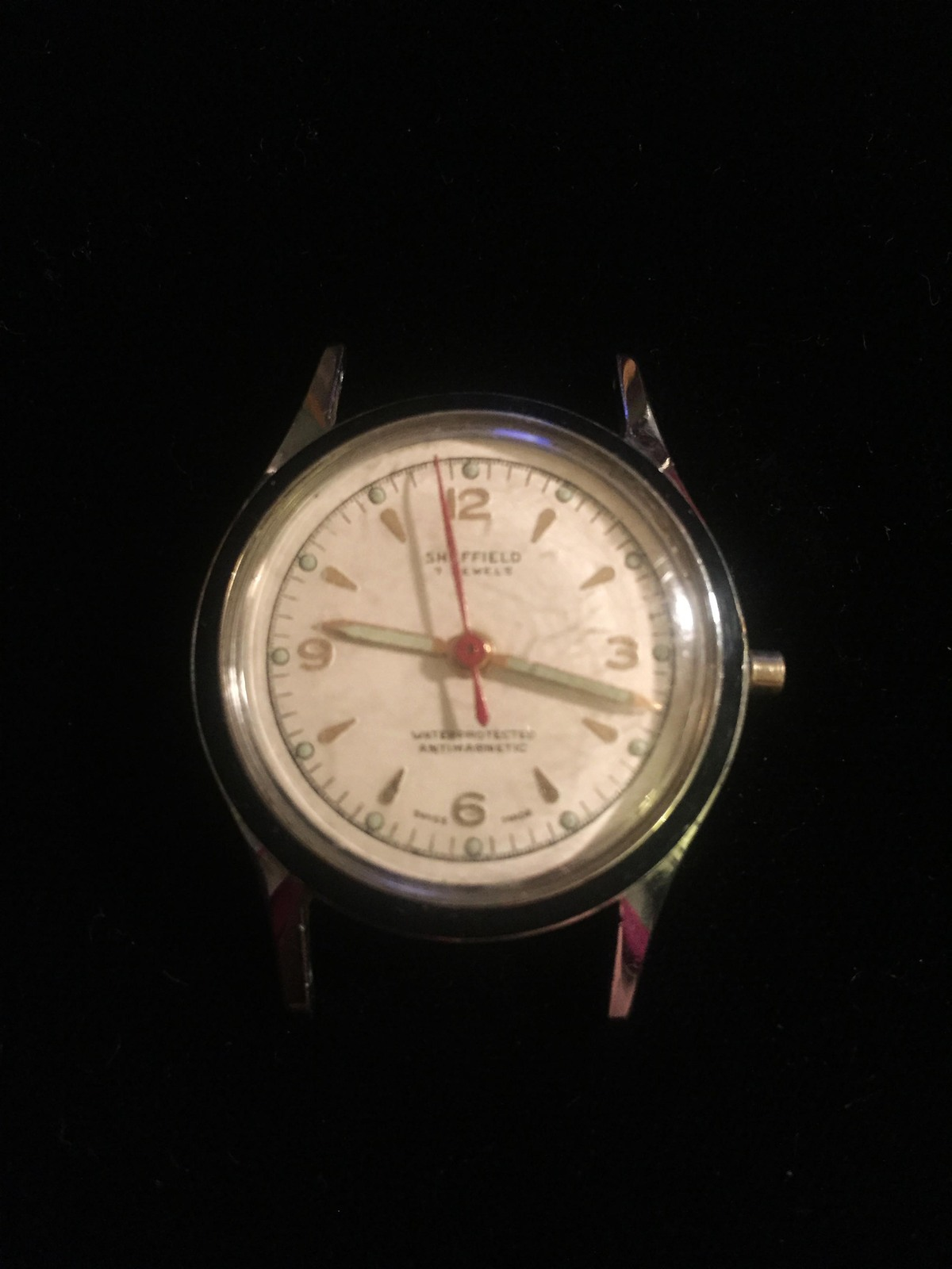 "Vintage Silver Sheffield 7 Jewels 1 1/8"" watch (No band)"
