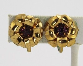 VINTAGE Jewelry ART DECO ERA RHINESTONE & GOLD METAL FLOWER SCREW BACK E... - $10.00