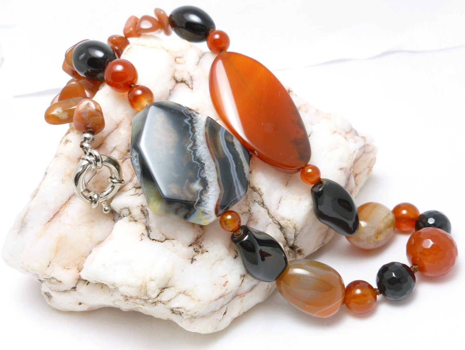 Agate Red Carnelian Black Onyx Large Bold Gemstone Beaded Necklace
