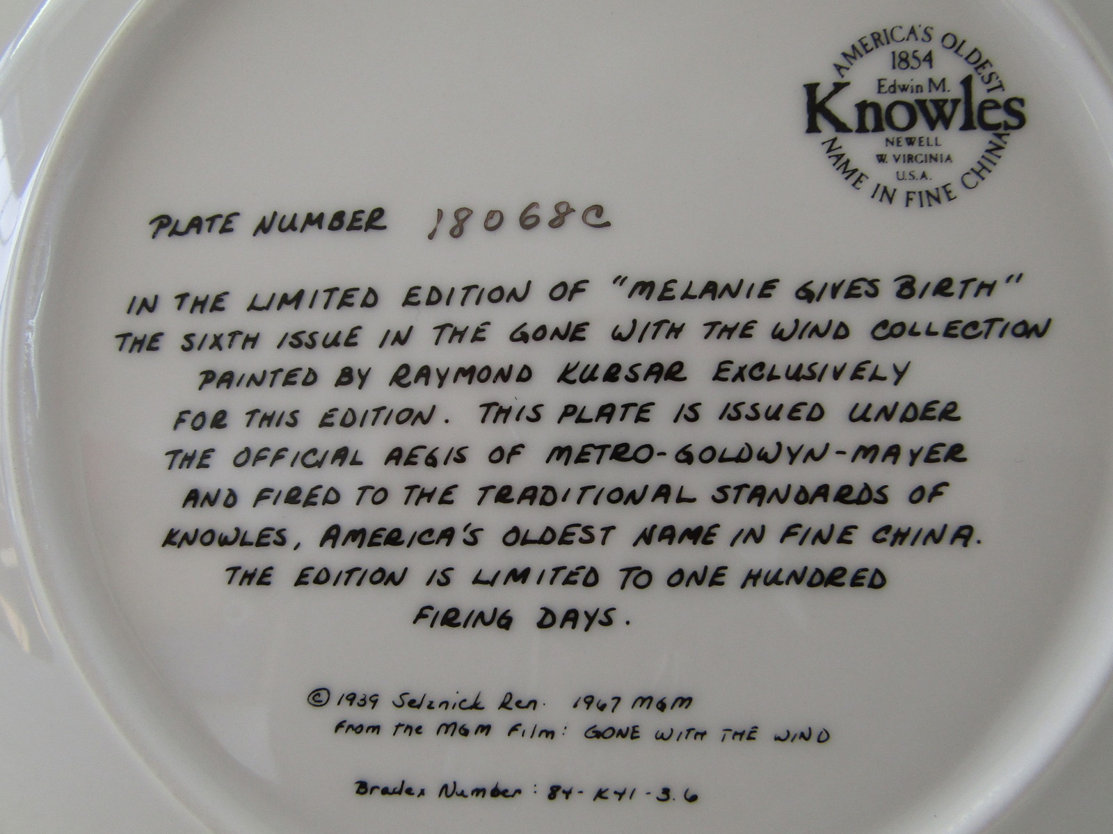 Collector Plate, Gone with the Wind - Melanie Gives Birth, Knowles China