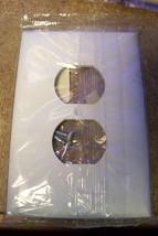 NEW Pass & Seymour Legrand SPO8-WU Plastic Jumbo Wall Plate 1-G Duplex - $4.94