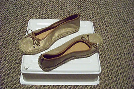 womens naturalizer n5 comfort gold tone fabric slip on straw flats size 7 - $20.78