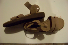womens easy spirit brown strappy sandals shoes size 7 - $18.80