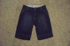 womens gap faded dark wash knee length denim jeans shorts size 4 28 - $16.82