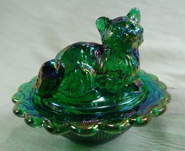 Cat on Nest Salt Dip Kitty Kitten Emerald Green Carnival Glass - $15.88