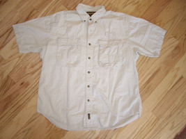 Men's hiking shirt. Woolrich, Short sleeved shirt, XL, back vent. - $16.43