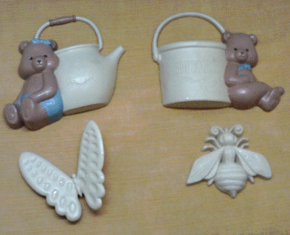 Vintage 4 Piece Burwood Plastic Wall Hangings Bears with Pots // Butterfly //Bee