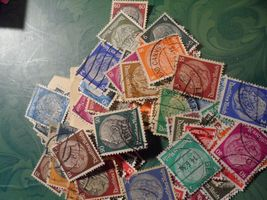 """Small """"Lot"""" of Deutfches Reich Postage Stamps, Approx. 100 - $8.79"""