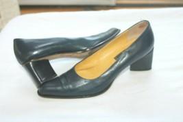 FENDI Size 8 1/2 8.5 Navy Blue Diamond shape heel Classic Pumps Shoes  - $198.00