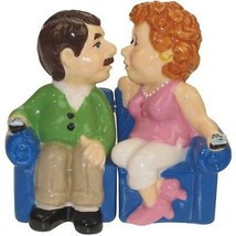 Westland Giftware Mwah Magnetic Couch Couple Salt and Pepper Shaker Set,... - €11,30 EUR