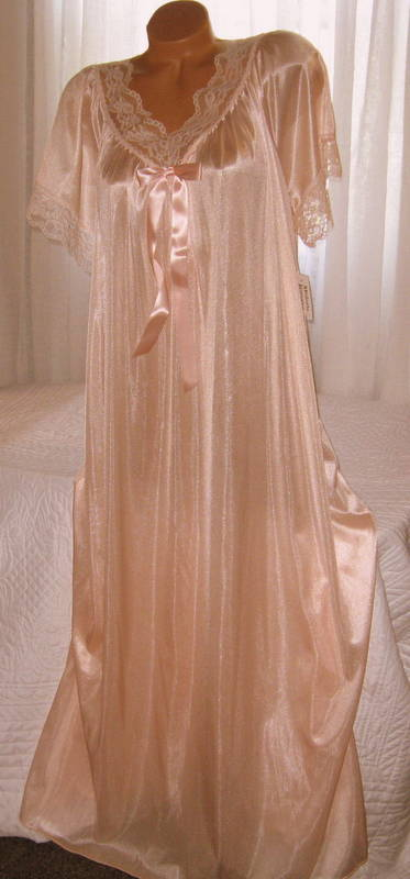 Peach Lace Nylon Long nightgown with Bow 2X Semi Sheer
