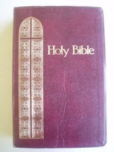 The Holy Bible, King James Version, Giant Print, Red Letter, Reference E... - $15.12
