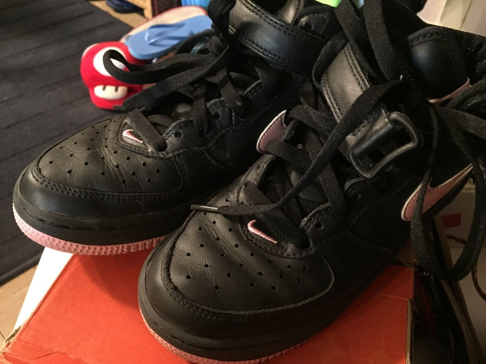 Nike Air Force 1 High Top Women S Size 6 And 18 Similar Items