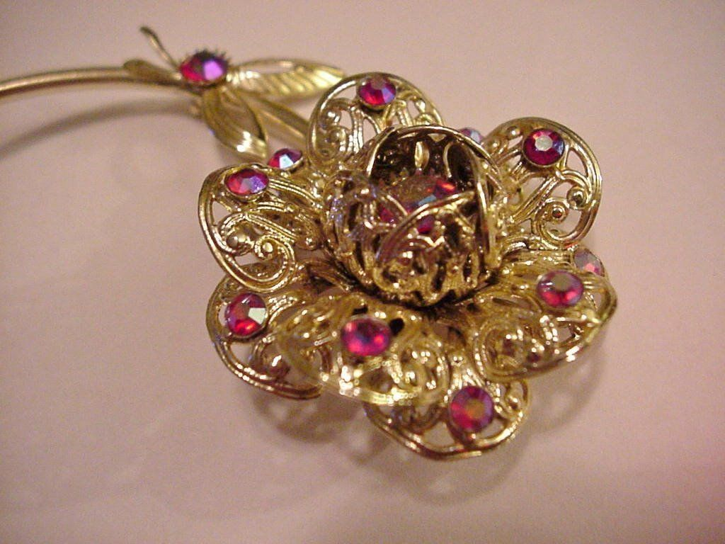 Vintage Sarah Coventry 3D Floral Brooch Pin AB Cranberry Glass Settings