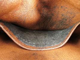 Authentic LOUIS VUITTON Amazone Monogram Cross body Shoulder Bag Purse #34636 image 10